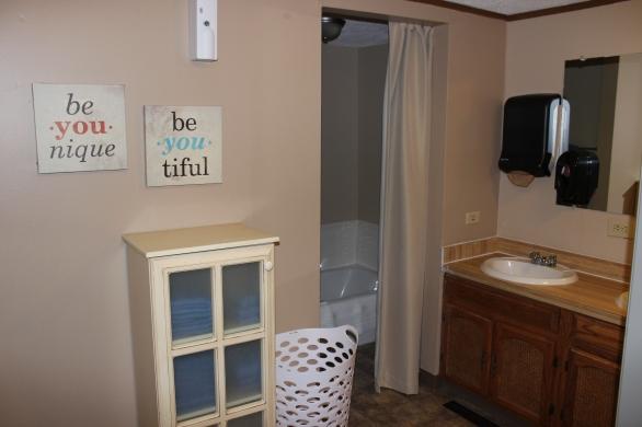 Chase Large Bathroom