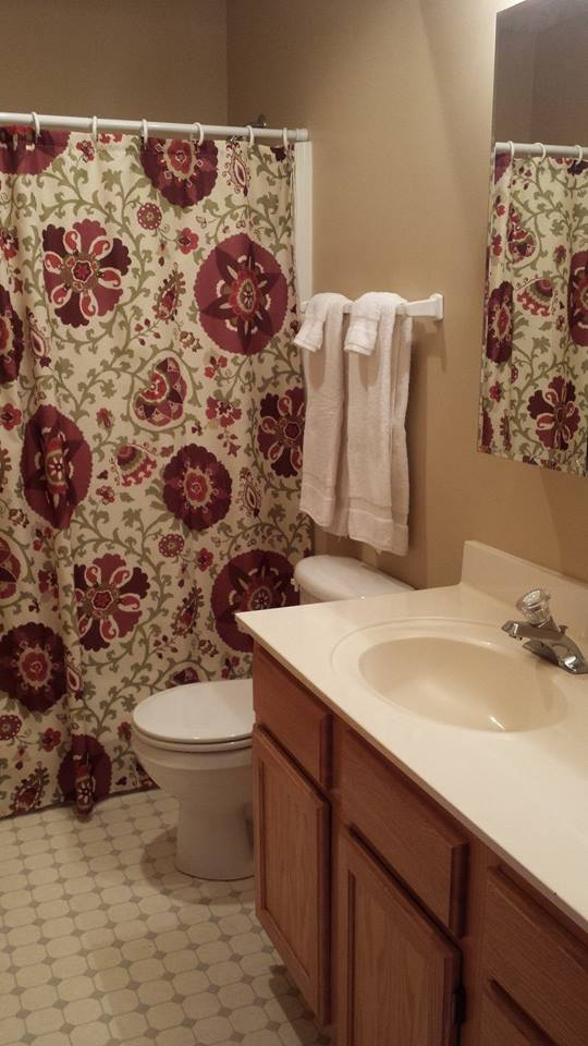 Pines Bathroom